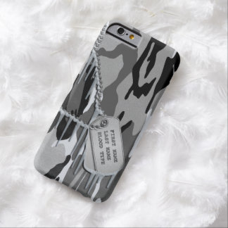 Capa Barely There Para iPhone 6 Camo ártico com Tag de cão