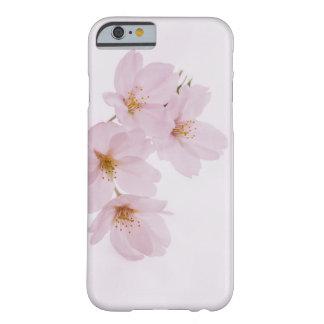 Capa Barely There Para iPhone 6 Flores de cerejeira bonitas do primavera em Tokyo