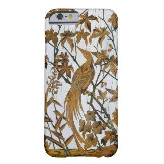 Capa Barely There Para iPhone 6 Madeira cinzelada francês do vintage do pássaro