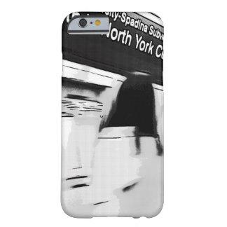 Capa Barely There Para iPhone 6 Menina na estação de metro