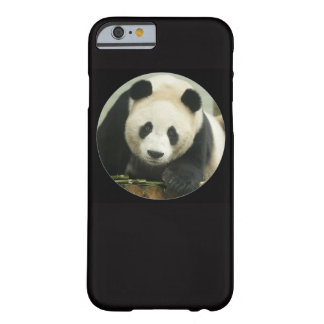"Capa Barely There Para iPhone 6 ""Panda gigante """