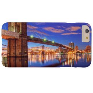 Capa Barely There Para iPhone 6 Plus O East River, ponte de Brooklyn, Manhattan
