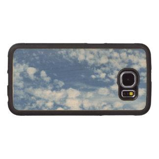 Capa De Madeira Para Telefone Céu nebuloso