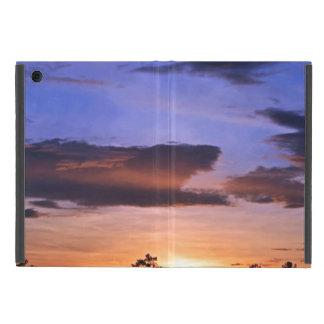 Capa iPad Mini Por do sol colorido por Shirley Taylor