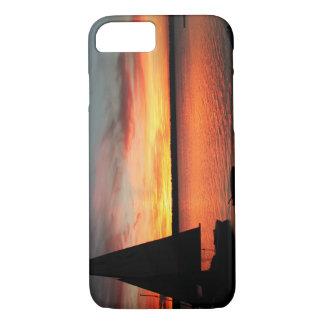 Capa iPhone 8/7 Cobrir do telefone do veleiro do lago sunset