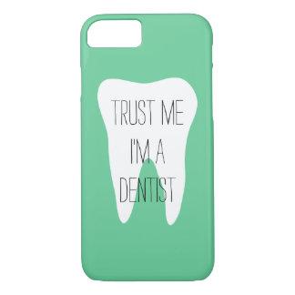 Capa iPhone 8/7 Confie-me im um exemplo do iPhone 7 do dentista