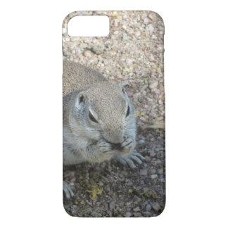 Capa iPhone 8/7 Esquilo à terra curioso