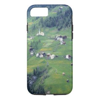 Capa iPhone 8/7 Europa, Italia, cumes da dolomite. Esta vila