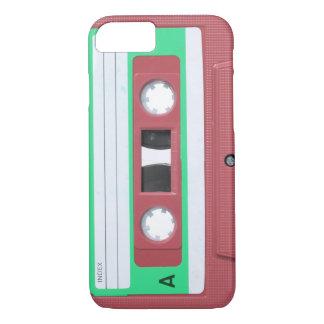 Capa iPhone 8/7 Fita retro da cassete áudio do vintage vermelho