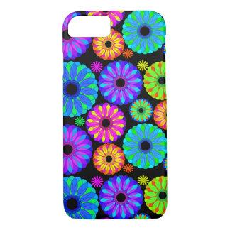 Capa iPhone 8/7 Padrões de flor retros coloridos no fundo preto