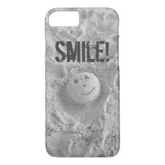 Capa iPhone 8/7 Smiley face no exemplo do iPhone 7 da areia