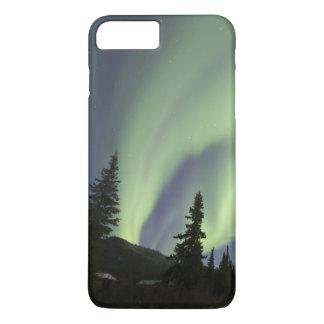 Capa iPhone 8 Plus/7 Plus Cortinas de borealis verdes da Aurora no céu 2