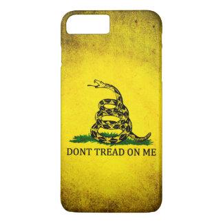 Capa iPhone 8 Plus/7 Plus Não pise em mim a bandeira de Gadsden - afligida