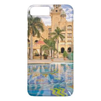 Capa iPhone 8 Plus/7 Plus Palácio do hotel da cidade e da piscina perdidos 2