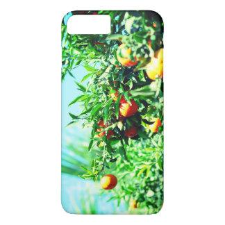 Capa iPhone 8 Plus/7 Plus tangerinas no ramo. coleção da fruta