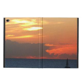 Capa Para iPad Air 2 Seascape das nuvens e do veleiro do por do sol