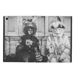 Capa Para iPad Air Casal de máscaras do carnaval em Veneza