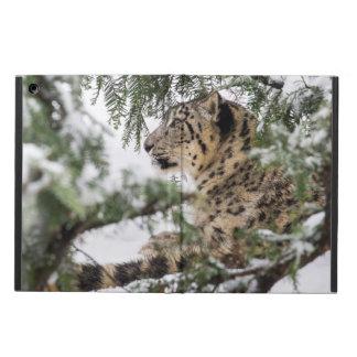 Capa Para iPad Air Leopardo de neve sob Bush nevado