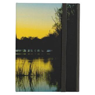 Capa Para iPad Air Por do sol sobre um lago