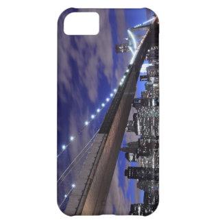 Capa Para iPhone 5C Ponte de Brooklyn e skyline de Manhattan na noite