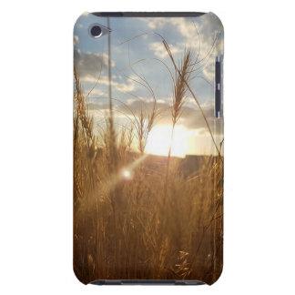 Capa Para iPod Touch Foto bonita de um por do sol sobre um campo de