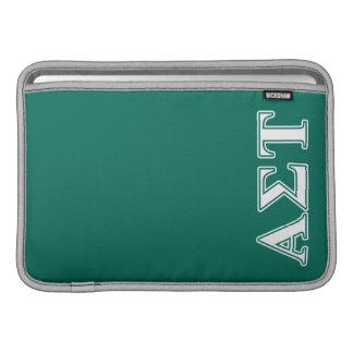 Capa Para MacBook Air Letras brancas e verdes da tau alfa do Sigma