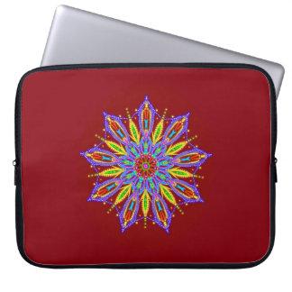 Capa Para Notebook Estrela frisada requintado da mandala em vermelho
