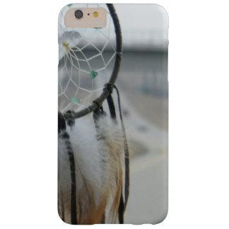 Capas iPhone 6 Plus Barely There Na estrada