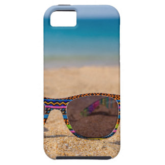 Capas Para iPhone 5 Óculos de sol coloridos que encontram-se em
