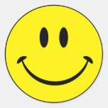Cara da felicidade do smiley adesivo redondo