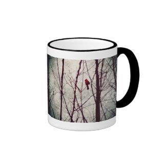 cardeal vermelho - cena do inverno caneca com contorno