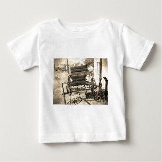 Carrinho antigo t-shirts