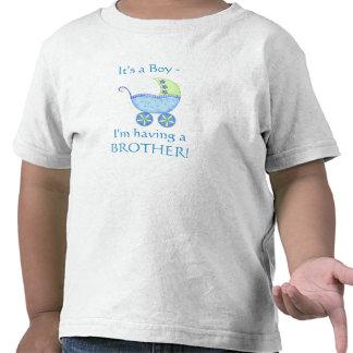 """Carrinho de bebê azul """"que tem criança de um tshirts"""