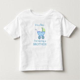 """Carrinho de bebê azul """"que tem criança de um t-shirts"""