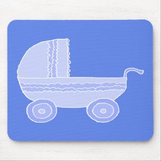 Carrinho de criança de bebê. Luz - azul no azul me Mousepads