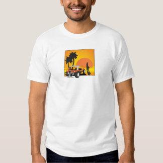 Carrinho e surfista t-shirts