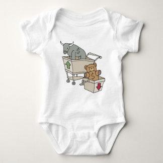 Carrinhos de compras de Bull e de urso Camisetas