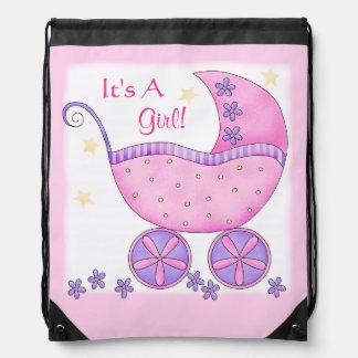 Carruagem cor-de-rosa do carrinho de bebê é um chá backpacks