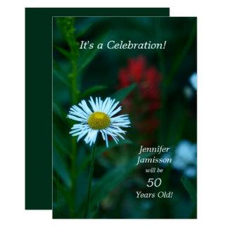 Cartão 50 anos de festa de aniversário idosa convidam a