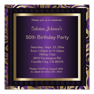 Cartão 50th Metálico roxo & ouro da festa de aniversário