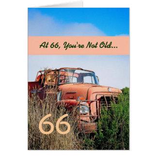 Cartão 66th aniversário feliz ENGRAÇADO - caminhão da