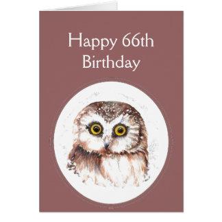 Cartão 66th Aniversário que o ama, humor bonito da coruja