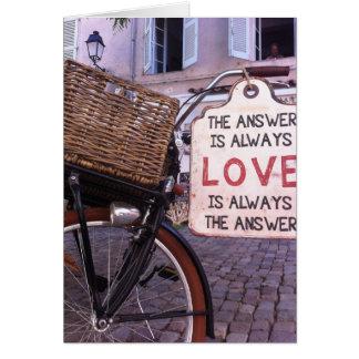 Cartão A resposta é sempre amor
