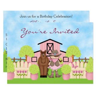 Cartão A vaqueira bonito, o cavalo e o aniversário