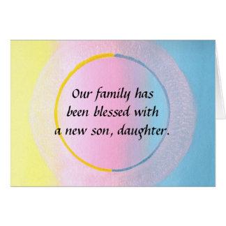 Cartão azul cor-de-rosa amarelo do anúncio da