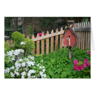 Cartão Birdhouse no primavera