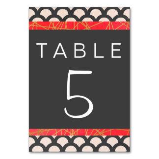 Cartão bonito brilhante da mesa de N