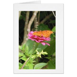 Cartão Borboleta em flores (vazio para dentro)