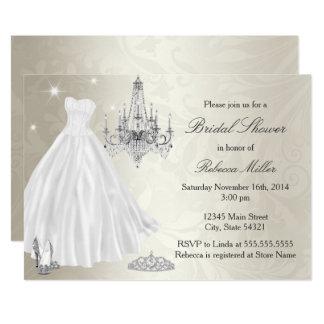 Cartão Branco bonito do creme do chá de panela do vestido