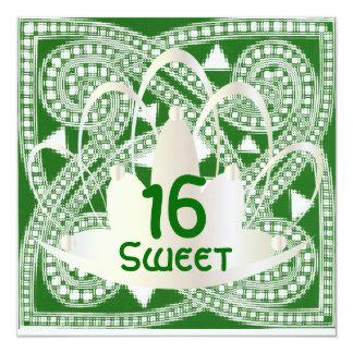 Cartão branco verde celta do convite do doce
